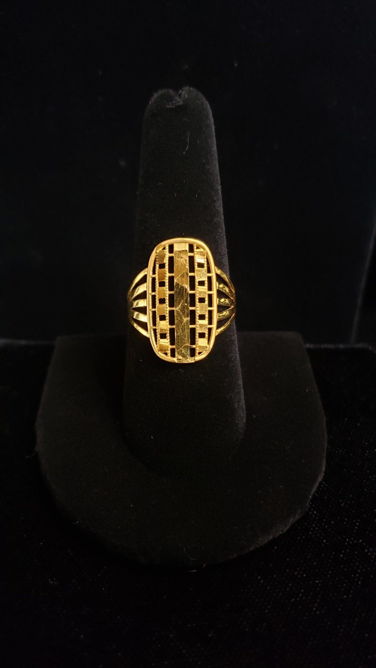 Leenas-Gold-rings