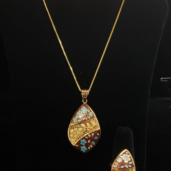 Leena's-Gold-Necklace-set