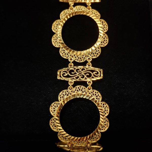 Leena's-Gold-Pendant