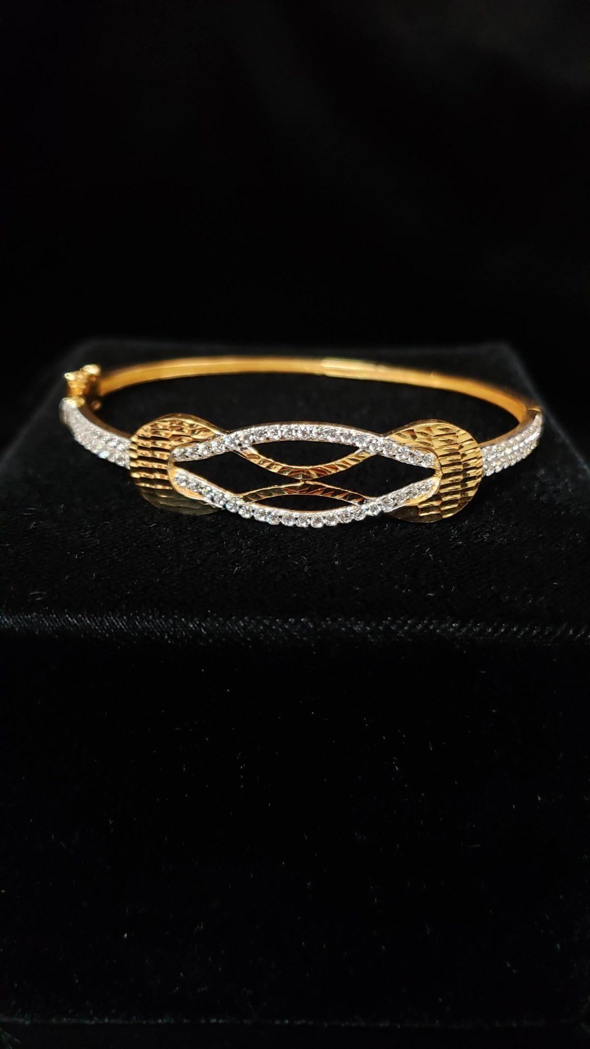 Leena's-Gold-Bangle