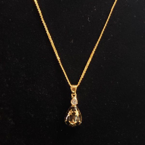 Leena's-Gold-Chain-Pendant